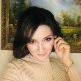 Elena<span class='onlinei'></span>